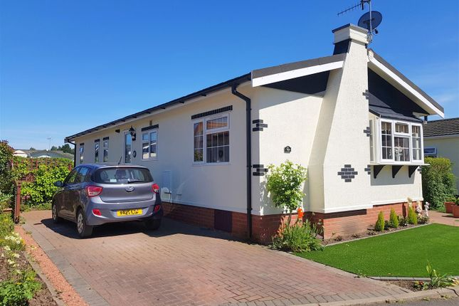 Thumbnail Mobile/park home for sale in Severn Bank Park, Stourport-On-Severn