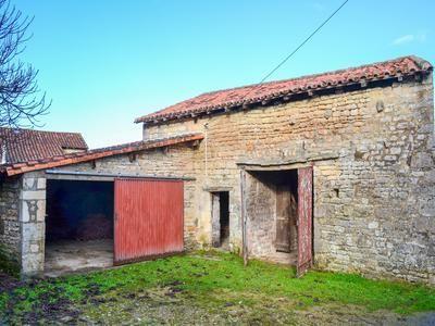 Thumbnail Barn conversion for sale in Fontclaireau, Charente, France