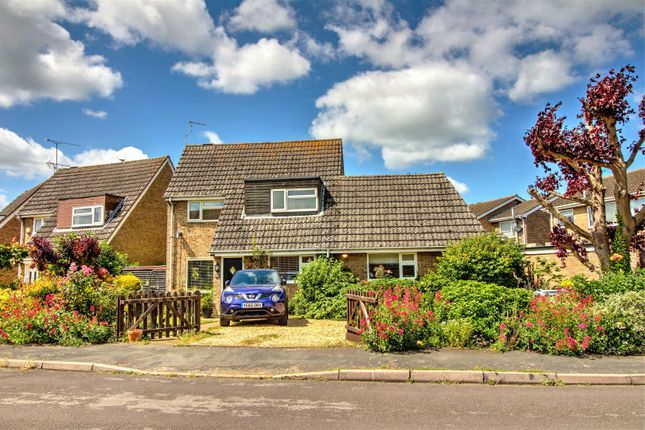 Thumbnail Detached house for sale in Clover Road, Market Deeping, Peterborough