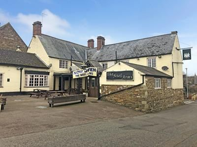 Thumbnail Pub/bar for sale in The Noel Arms, Bridge Street, Langham, Oakham, Rutland