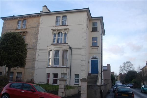 Thumbnail Maisonette to rent in Ashgrove Road, Redland, Bristol