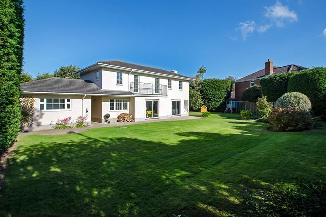 Thumbnail Detached house for sale in Forneth Gardens, Fareham