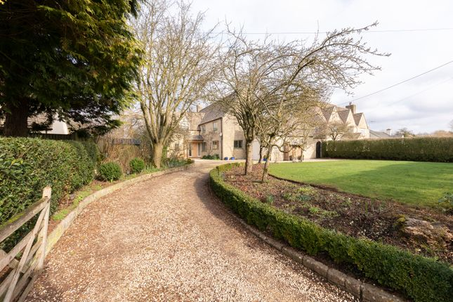 Thumbnail Detached house for sale in Fulbrook, Burford