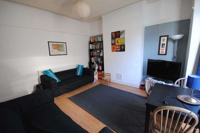 Thumbnail Terraced house to rent in 24 Norwood Terrace, Hyde Park