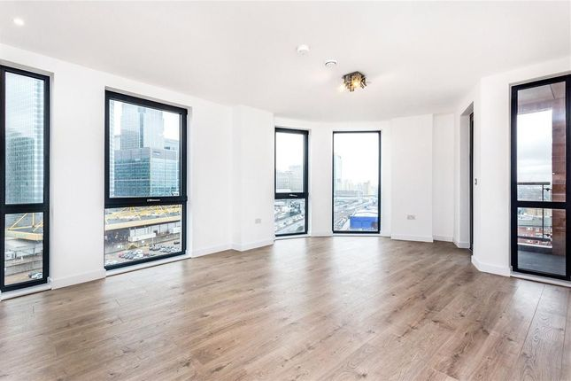 Thumbnail Flat for sale in Roosevelt Tower, 18 Williamsburg Plaza, Canary Wharf, London