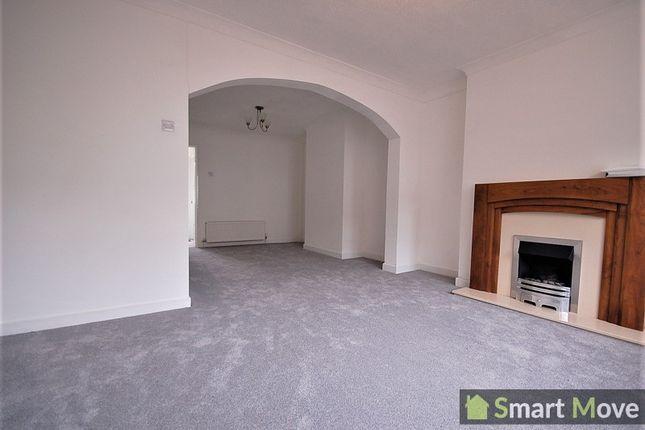 3 bed terraced house to rent in Willesden Avenue, Peterborough, Cambridgeshire. PE4