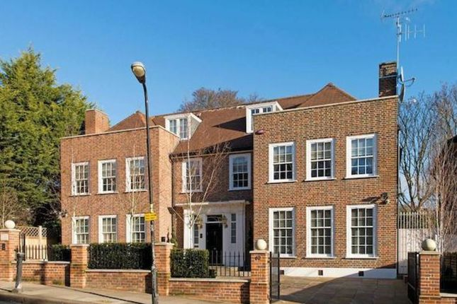 Thumbnail Detached house for sale in Frognal, Hampstead Village