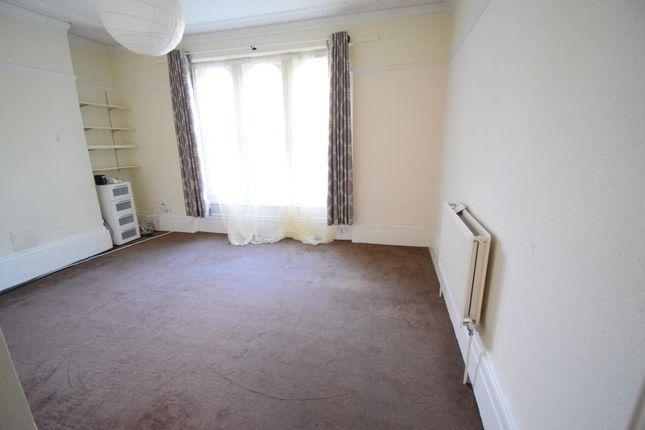 Thumbnail Flat to rent in Glenton Road, Lewisham