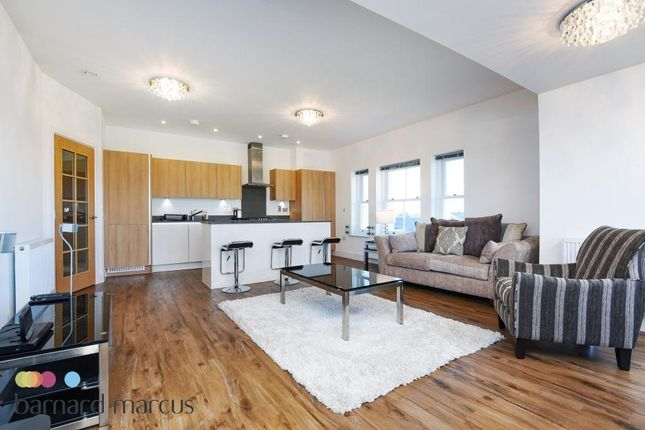 Thumbnail Flat to rent in Blumenthal Close, Isleworth