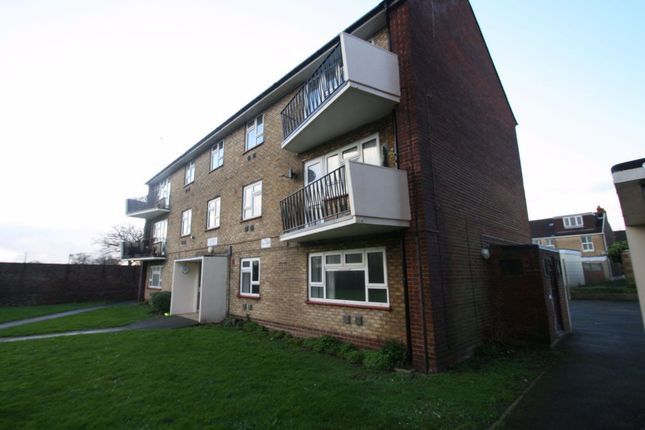 Thumbnail Flat to rent in Eastern Road, Portsmouth