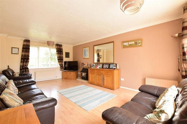 Thumbnail Terraced house for sale in Moggs Mead, Petersfield, Hampshire