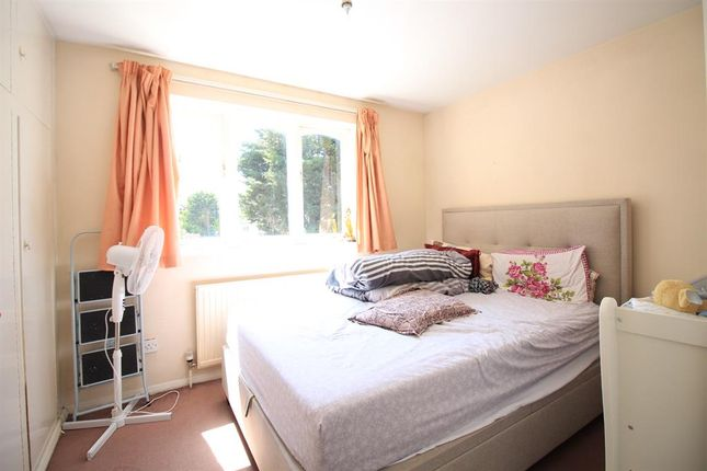 Thumbnail Flat to rent in Harewood Terrace, Southall