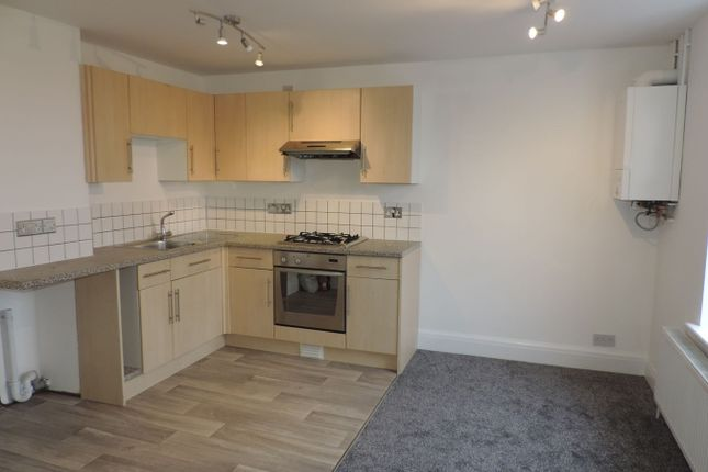 2 bed flat to rent in Meadowgate, Bourne PE10