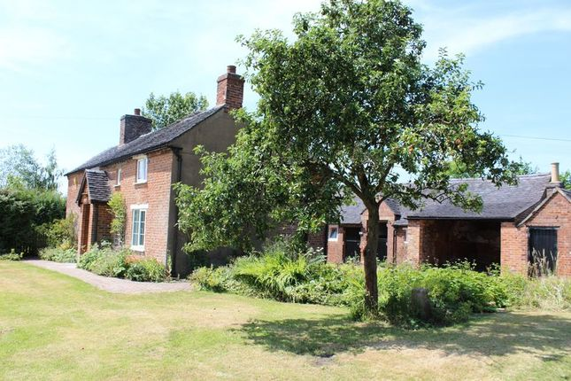 Thumbnail Cottage to rent in Brickhill Lane, Newborough, Burton-On-Trent