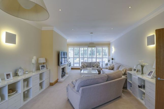 Thumbnail Flat for sale in Thorndown Lane, Windlesham