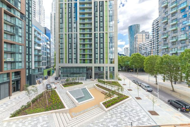 Picture No. 38 of Maine Tower, Harbour Central, Canary Wharf, London E14