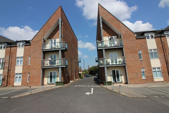 Thumbnail Flat to rent in Green Lane, Middlesbrough