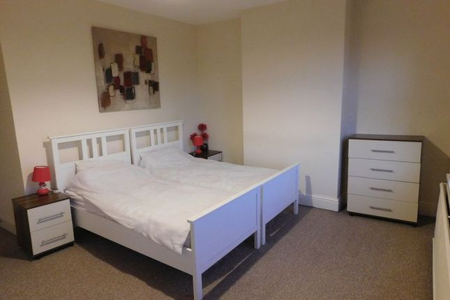 Thumbnail Room to rent in Bath Lane, Mansfield