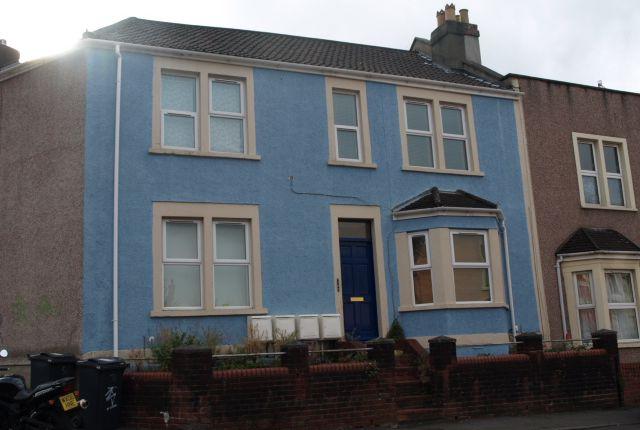 Thumbnail Flat to rent in Gwilliam Street, Windmill Hill, Bristol