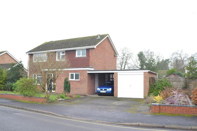 4 bed detached house for sale in Rectory Close, Tadley