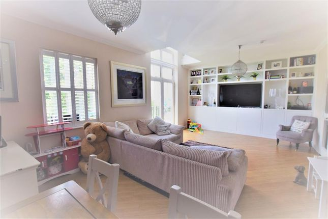 Thumbnail Flat for sale in The Manor, Regents Drive, Woodford Green