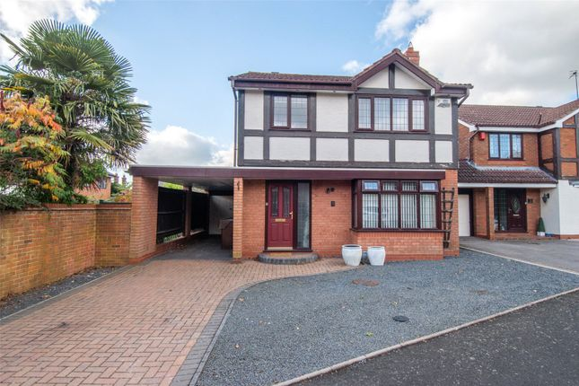 Thumbnail Detached house for sale in Beechcroft Drive, Bromsgrove