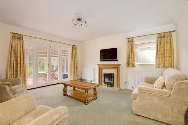 Thumbnail Detached bungalow for sale in Goudhurst Road, Horsmonden, Kent