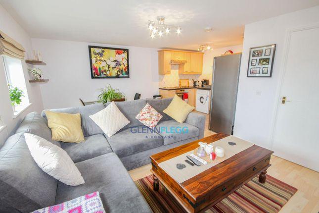Flat for sale in Bath Road, Cippenham, Slough