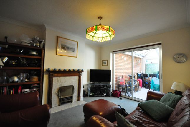 Thumbnail Property to rent in Cherry Tree Avenue, Guildford