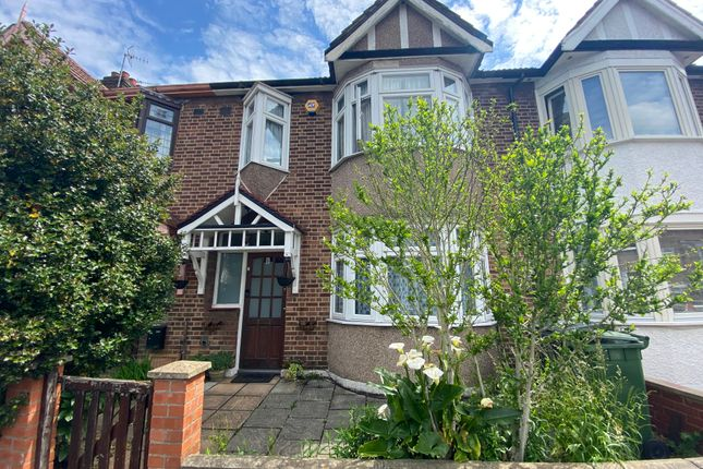 3 bed terraced house to rent in Coolgardie Avenue, London E4