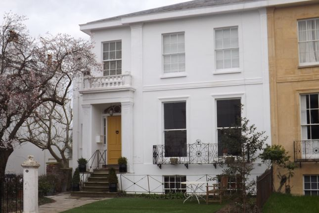 Thumbnail Flat to rent in Park Place, Cheltenham