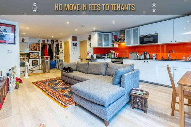 Flat to rent in Barons Close, Baron Street, London
