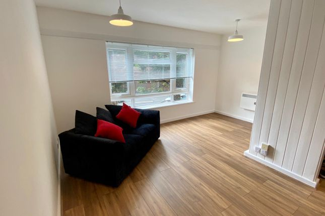 1 bed flat to rent in Forfeild Place, Leamington Spa CV31