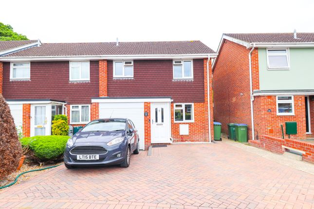 Thumbnail Semi-detached house to rent in Marlow Close, Fareham