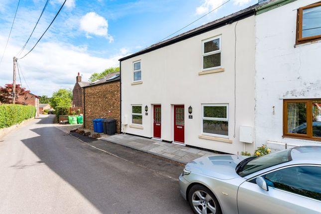 Thumbnail Cottage to rent in Laskey Lane, Thelwall, Warrington