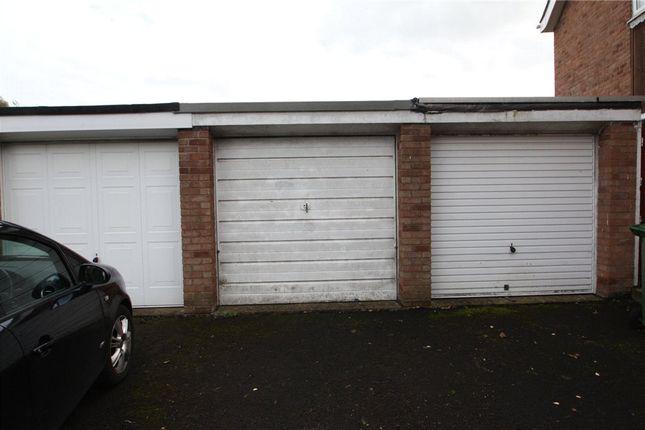 Picture No. 12 of Grove Close, Winsford, Cheshire CW7