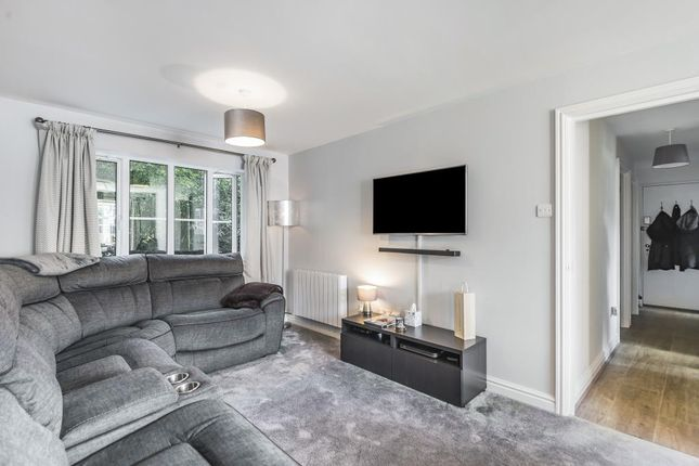 Living Room of Reading, Berkshire RG1