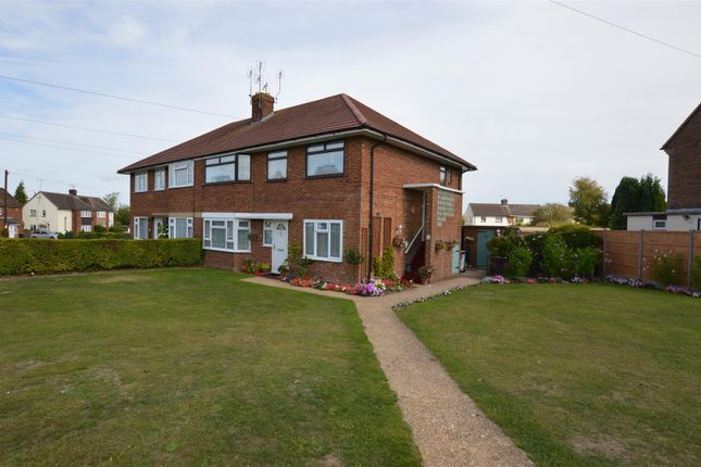 Thumbnail Maisonette for sale in Drovers Way, Dunstable