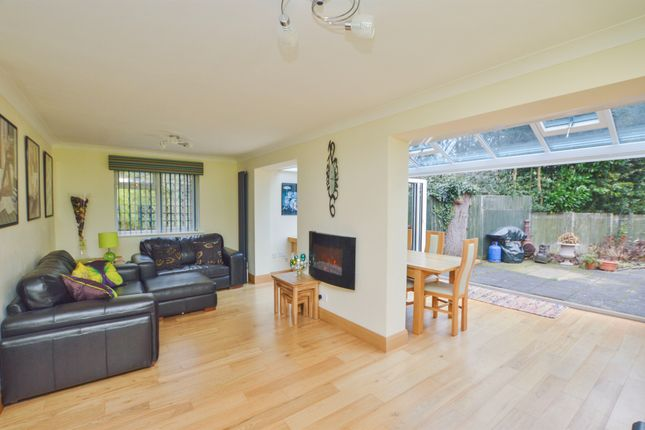 Thumbnail Bungalow for sale in Tudor Road, Kennington, Ashford