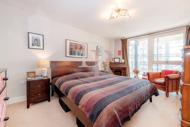 Thumbnail Duplex to rent in Dalston Square, London