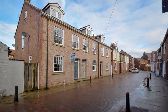 Terraced house to rent in Landress Lane, Beverley