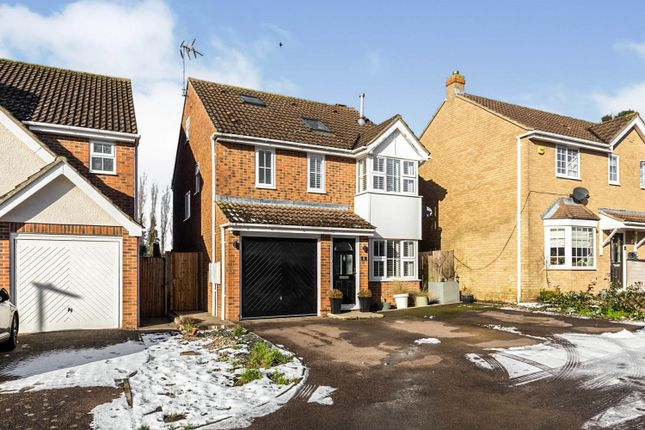 4 bed detached house for sale in Schoolfields, Letchworth Garden City SG6