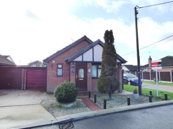 1 bed bungalow for sale in Meyel Avenue, Canvey Island