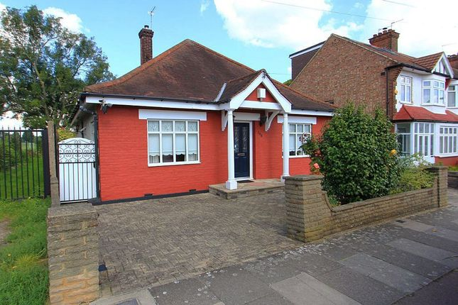 Thumbnail Detached bungalow for sale in Sketty Road, Enfield, Middlesex