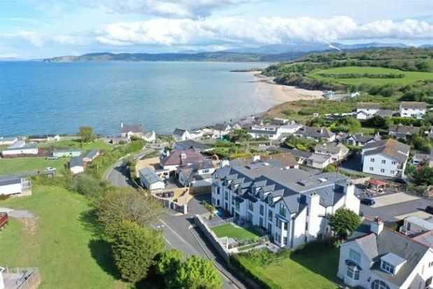 Thumbnail Flat to rent in Beach Road, Benllech, Tyn-Y-Gongl