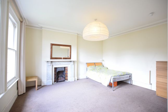 1 bed flat to rent in London Road, Reading, Berkshire