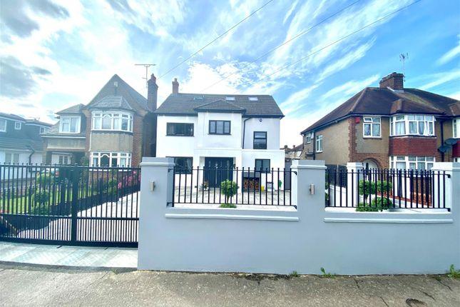 Thumbnail Detached house for sale in Jones Road, Goffs Oak, Waltham Cross