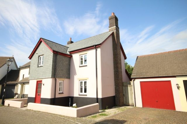 4 bed semi-detached house for sale in Maple Avenue, Camelford