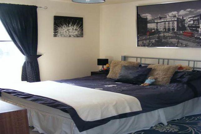 Bedroom of Lancashire Court, Burslem, Stoke On Trent, Staffordshire ST6