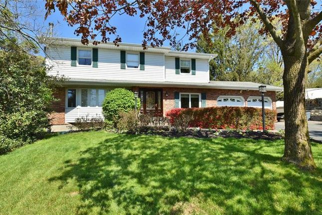 Thumbnail Property for sale in Hauppauge, Long Island, 11788, United States Of America